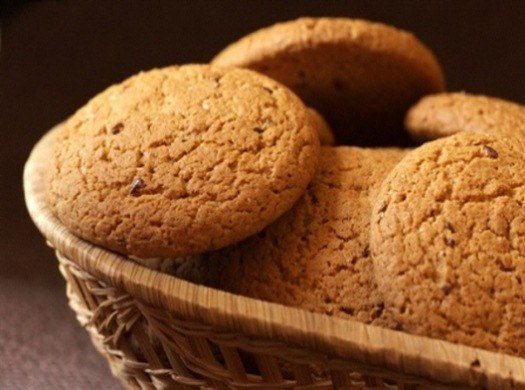 Овсяное печенье – очень вкусное и полезное кондитерское изделие