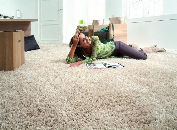 Ковролин в комнате: плюсы и минусы