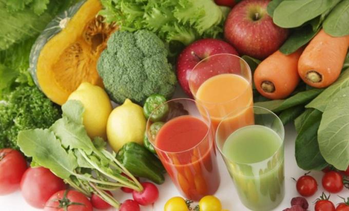 Биологически активные вещества в большом количестве содержатся в овощах и фруктах.