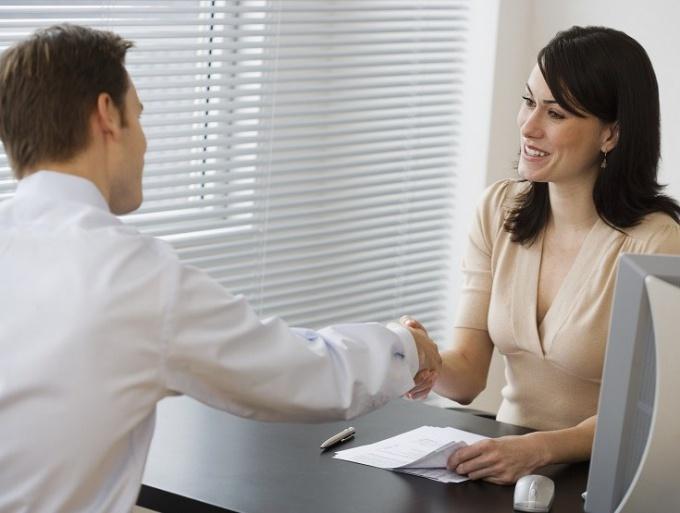 На какие личные качества обращают внимание при приеме на работу