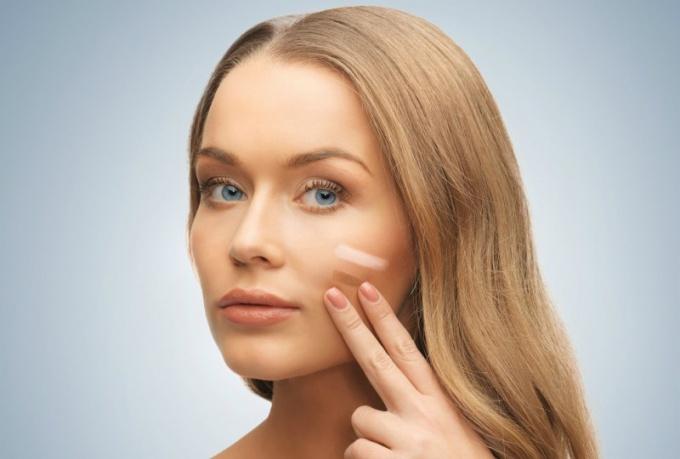 Как замаскировать широкие поры на лице