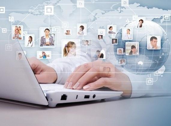 Запрет на социальные сети для сотрудников: плюсы и минусы для руководителя