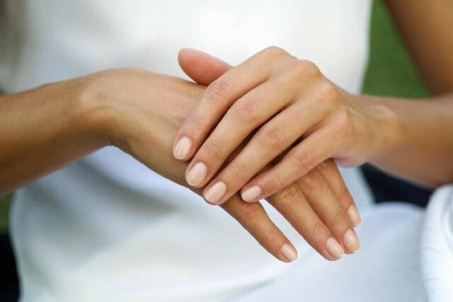 Комплексное лечение цветных лишаев