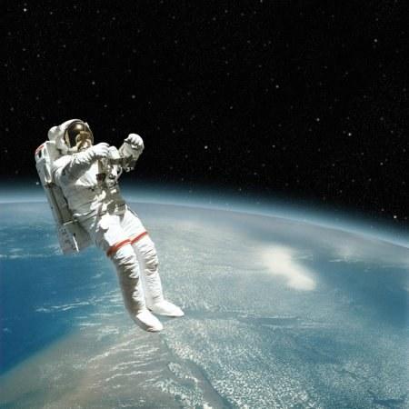 Как моются космонавты в космосе