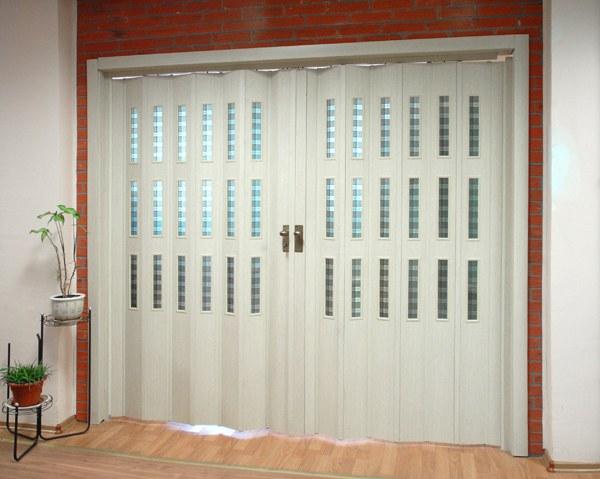 Двери-гармошка верхнего ценового диапазона более практичны