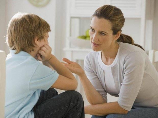 О чем  разговаривать с маленькими детьми