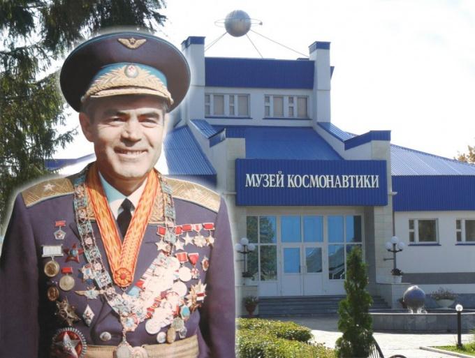 Где похоронен космонавт Андриан Николаев