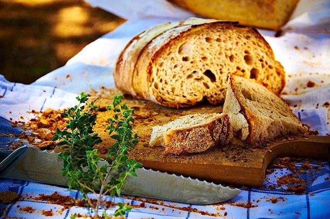 Из черствого хлеба можно приготовить множество  вкусных блюд