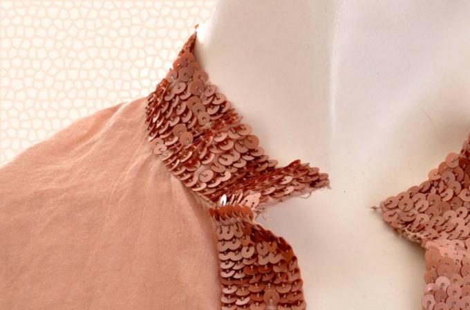 Как украсить воротник рубашки или блузы