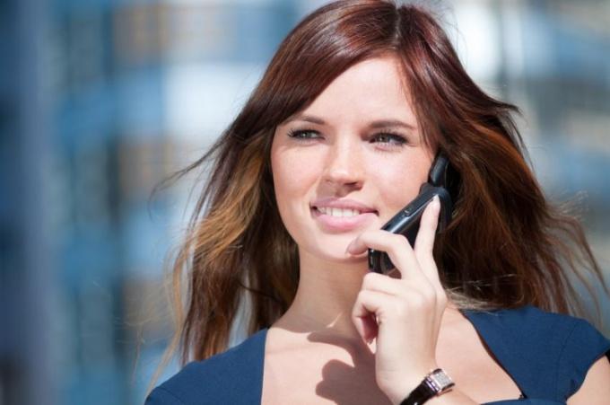 Этикет: правила общения по мобильному телефону