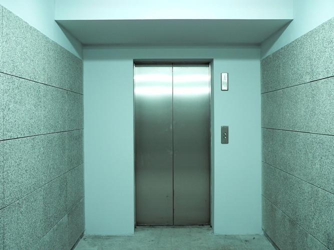 Лифт: история изобретения