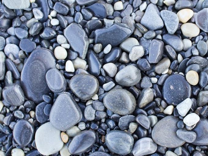 Что можно украсить мелкими камешками-голышами