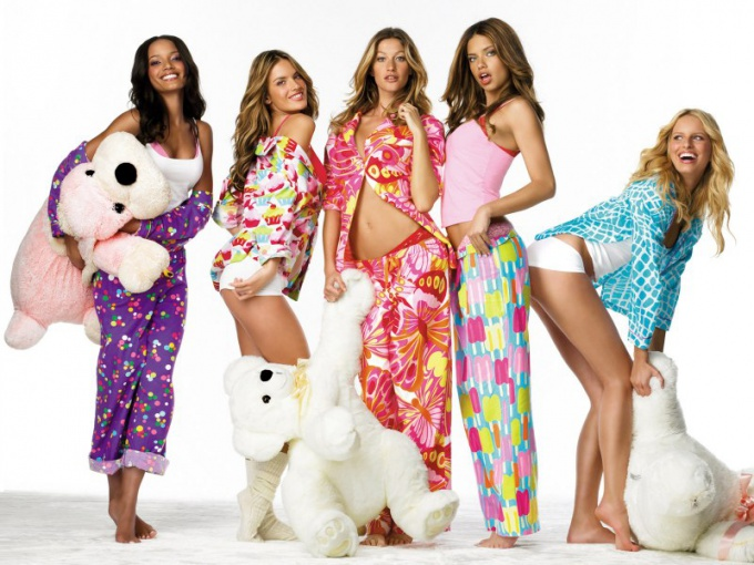What to wear to a pajama party