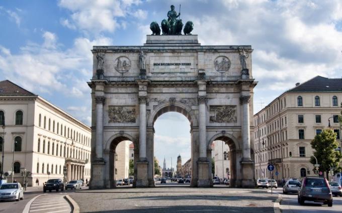 Как и зачем строились триумфальные арки