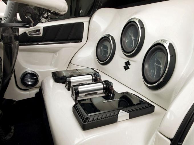 Как выбрать хорошую акустику для авто