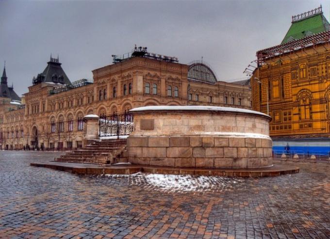 В настоящее время Лобное место является элементом Красной площади