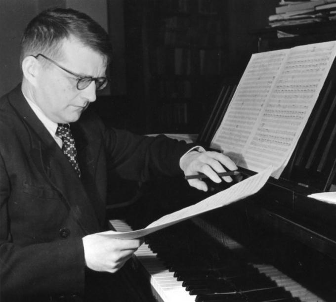 7-я симфония Шостаковича впервые звучит в блокадном Ленинграде