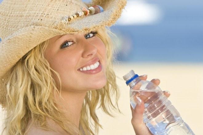 Чем полезна минеральная вода и какая лучше?
