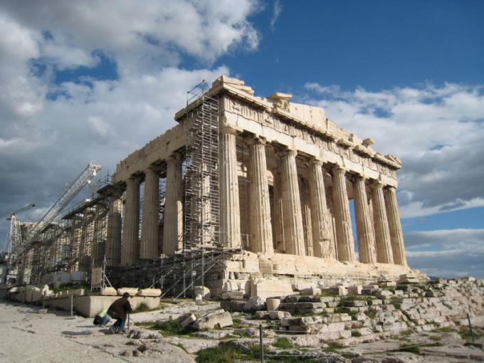 Посылая свинец туркам, греки спасали Парфенон
