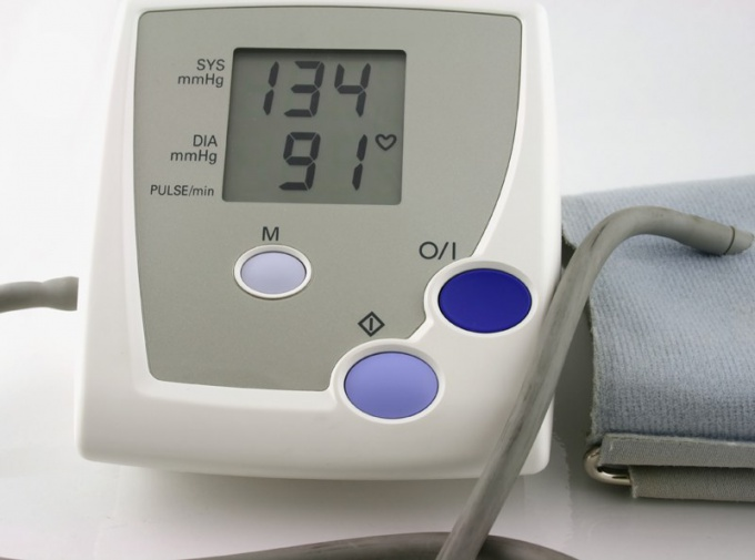 Lower high blood pressure: what to do