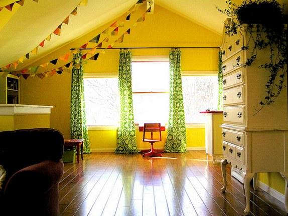 Занавески детской комнаты подчеркивают характер ребенка