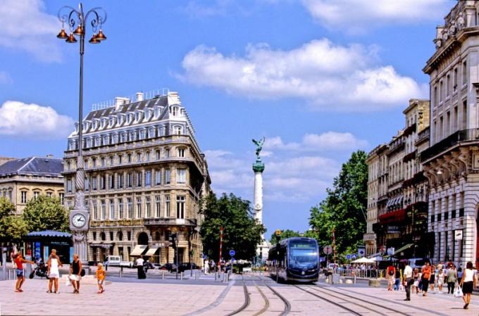 Что посмотреть в Бордо? Особенности и достопримечательности