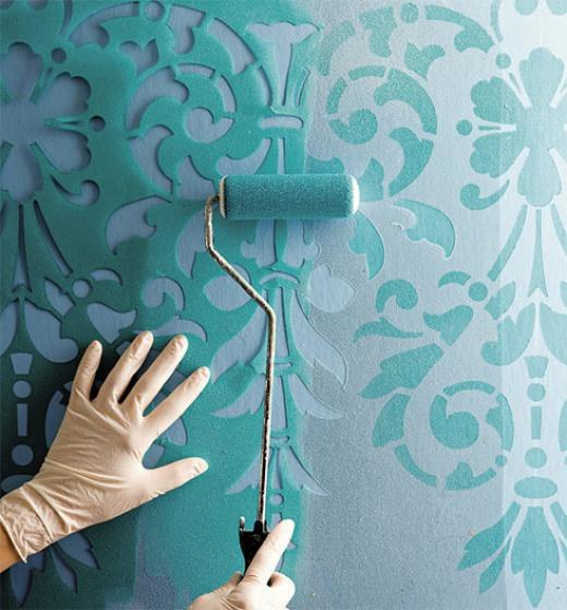 Wall painting with stencils