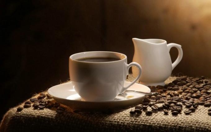 Насколько вреден кофеин