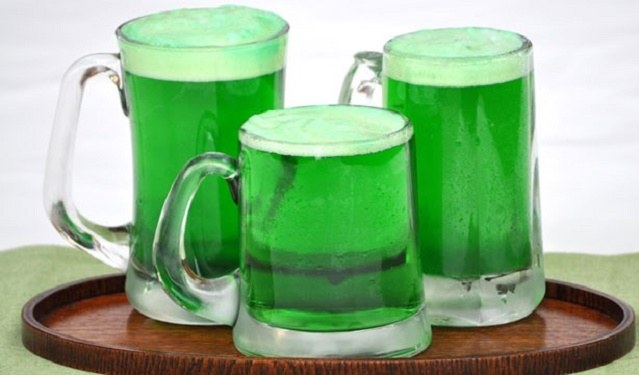 http://www.pillsbury.com/-/media/PB/Images/holidays-celebrations/more-holiday-ideas/st-patricks-day/how-to-make-green-beer_page.ashx