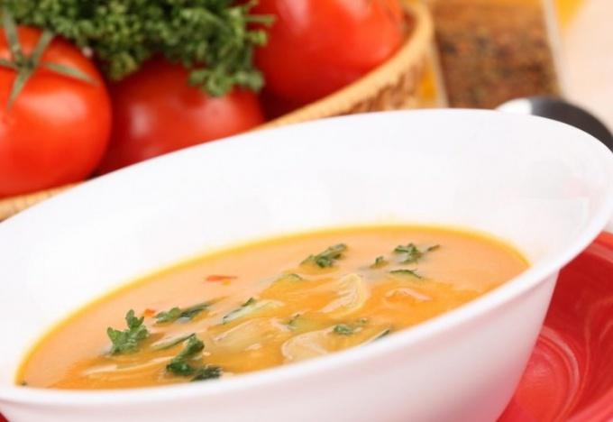 Как сварить щи с томатной пастой