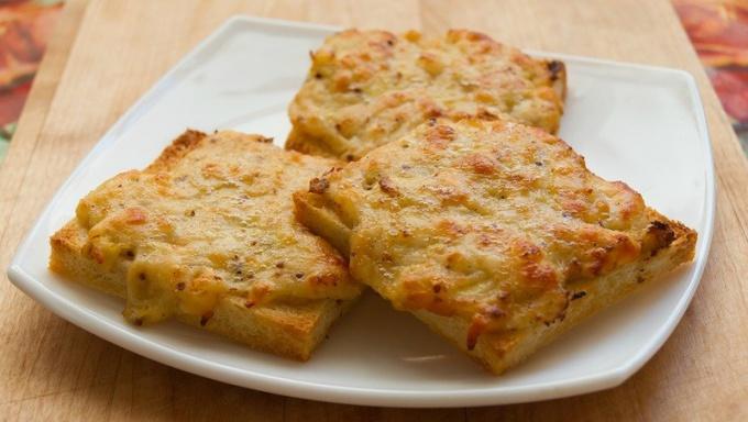 Как обжаривать белый хлеб с молоком