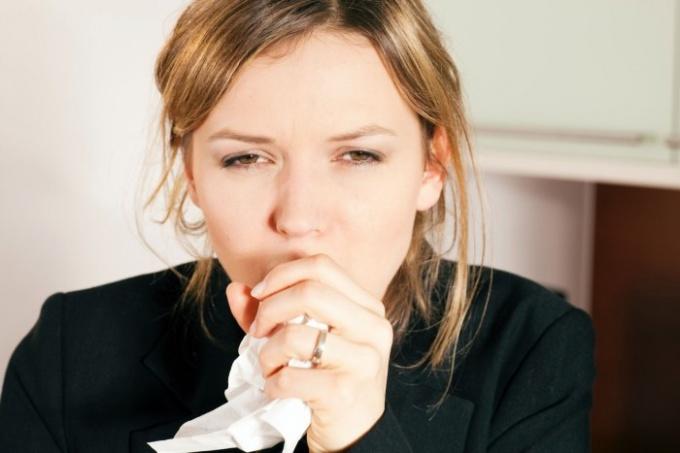 Как лечить затяжной сухой кашель