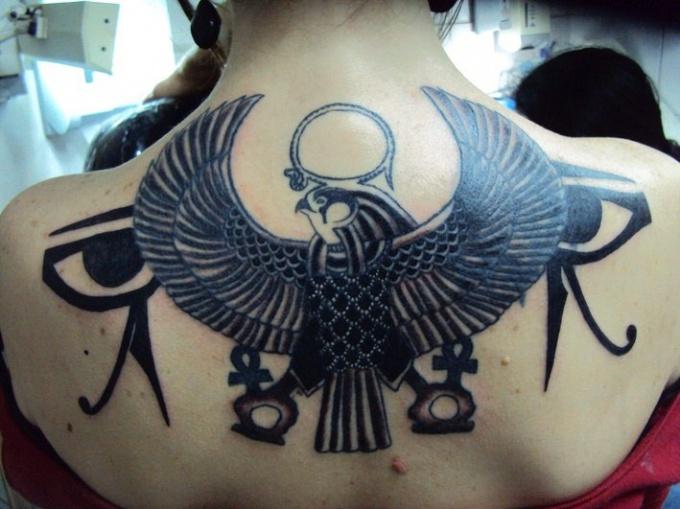 Какую татуировку сделать в 2017 году