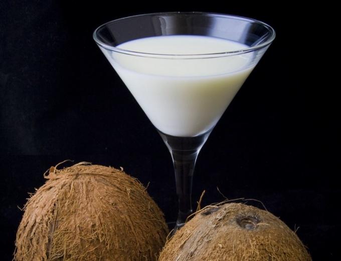 Коктейль с кокосом