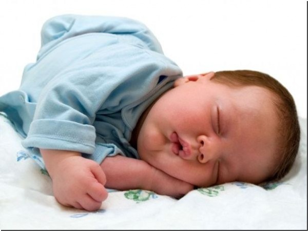 Почему грудной ребенок плохо спит