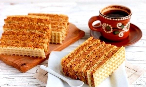 Вкусный вафельный торт - настоящее лакомство для сладкоежек
