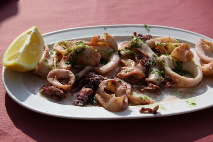 Что приготовить из маринованных кальмаров Как приготовить ... Грибы Маринованные Ассорти