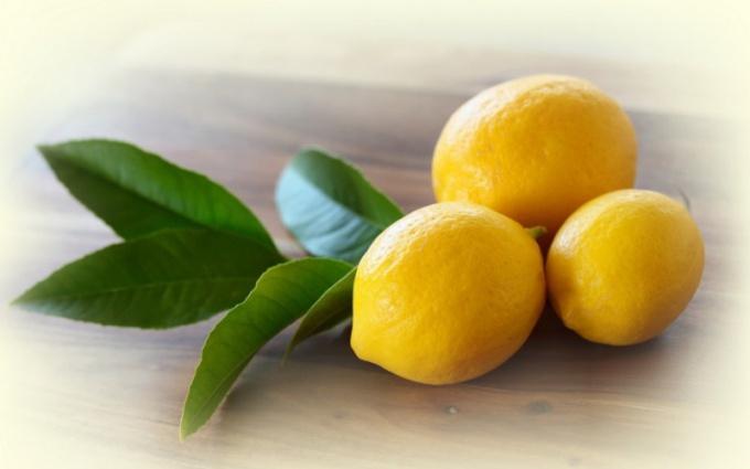 Как понизить давление с помощью лимона