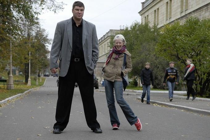 Какой рост и вес у популярных актеров