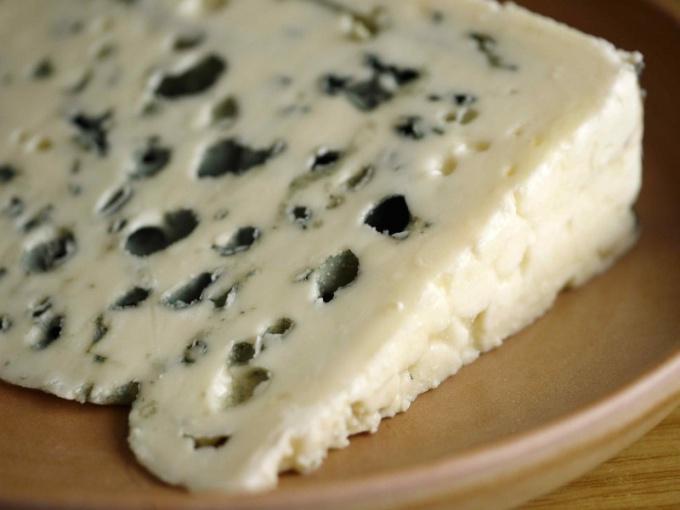Брынза - вкусный и полезный сорт сыра