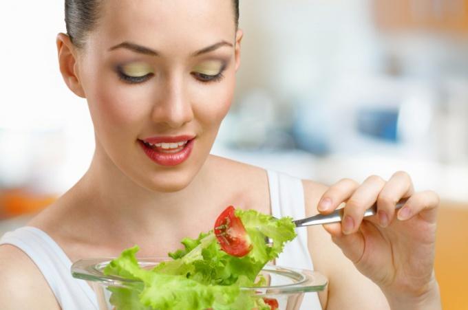 Лучше всего садиться на диету летом