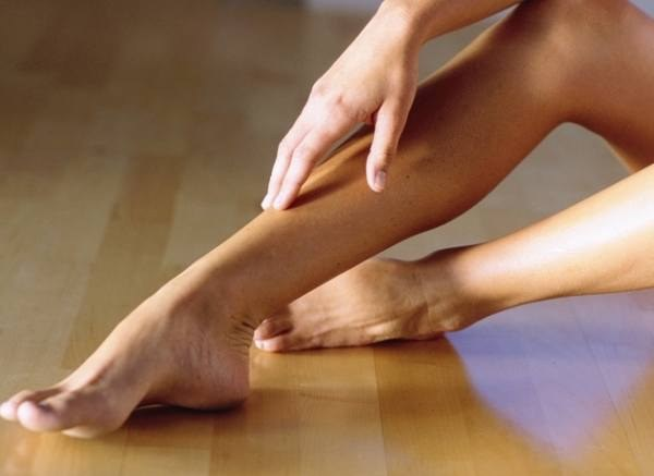 Почему болит стопа при ходьбе