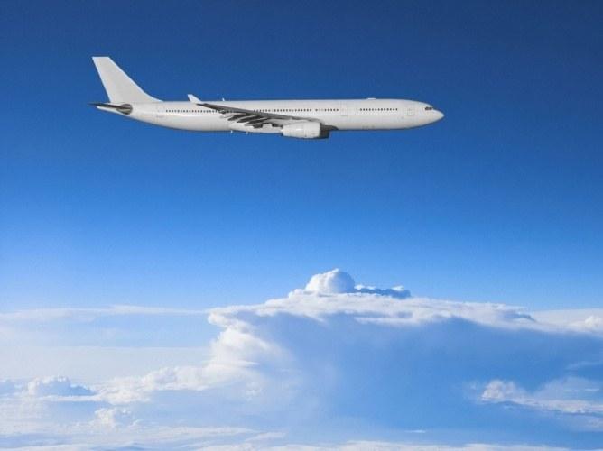 Почему летает самолет