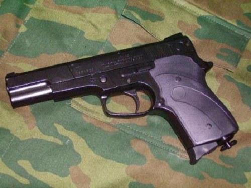 Пневматический пистолет  - доступное, но весьма серьезное оружие