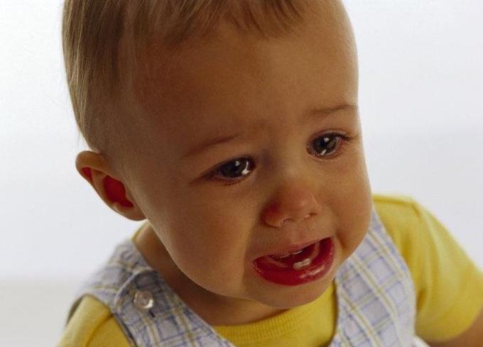 Что делать маме, если ребёнок до года упал с дивана