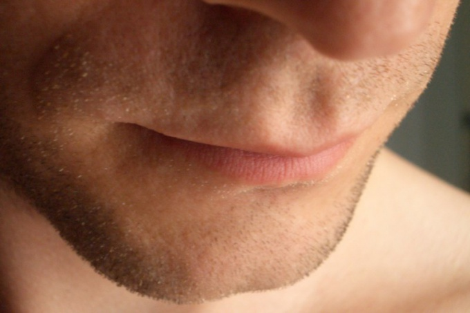 От чего горечь во рту: как выявить причины
