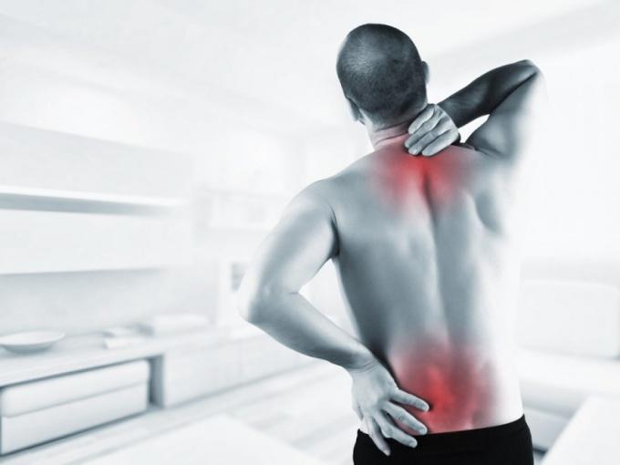Если лечение не назначено, боль мучает человека длительное время