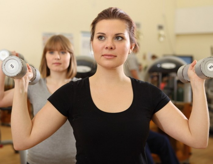 Как похудеть в боках и животе с помощью упражнений