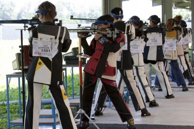 Спортивная стрельба из пневматических винтовок
