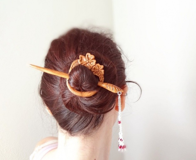 Japanese hairstyles: how to make and with what clothes to combine